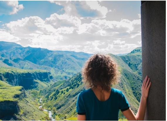 Viajar de forma sustentável e responsável.